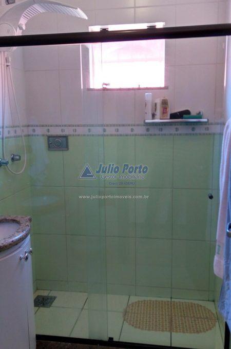 Banheiro com Blindex e Armário