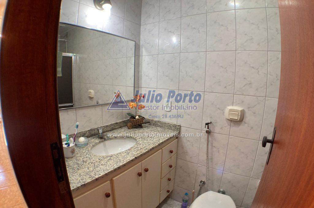 Banheiro completo 1º andar