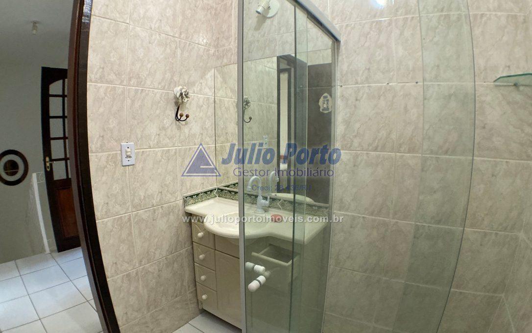 Banheiro co Blindex e Armário