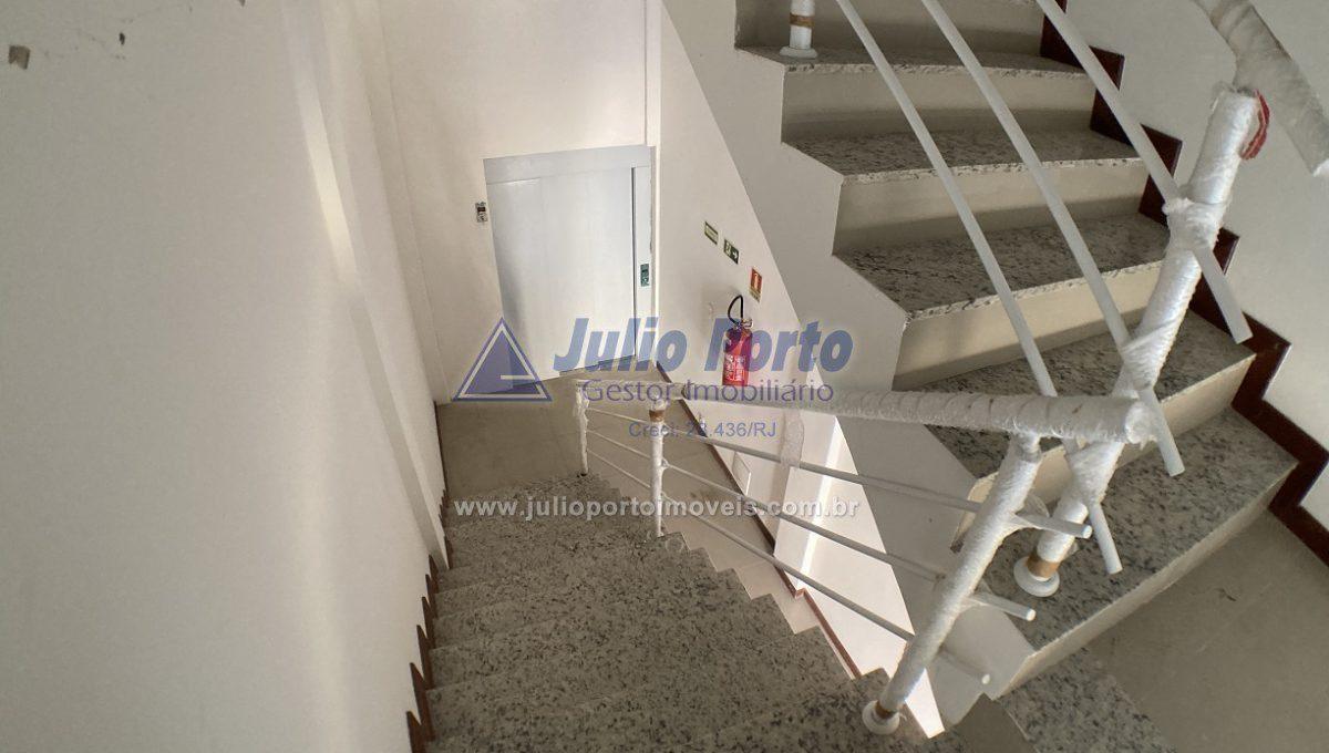 Escadas e Elevador
