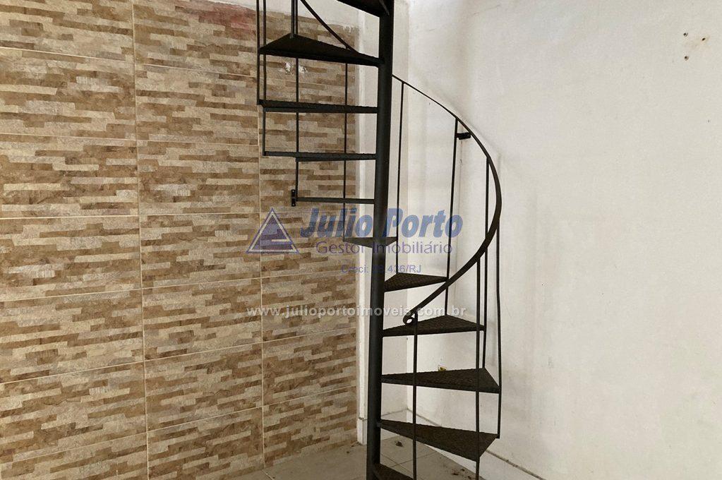 Loja 1 ° Andar Escada